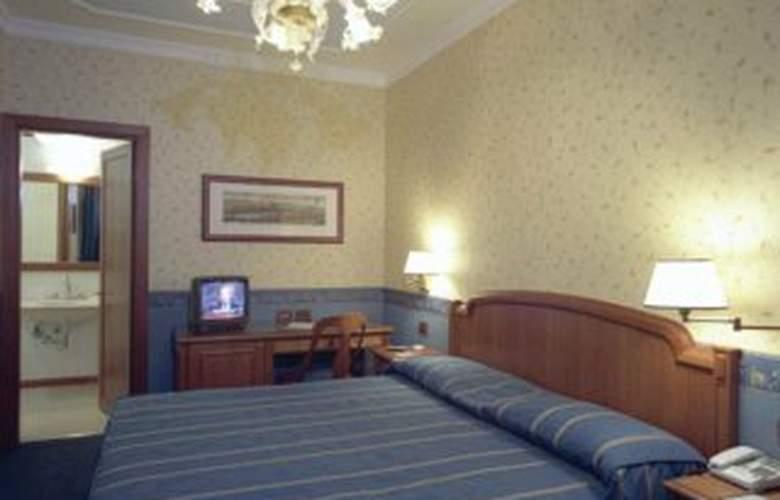 Diana Park - Room - 2