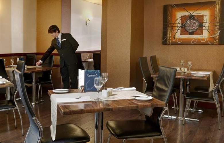 Best Western Hotel St Pierre - Restaurant - 55