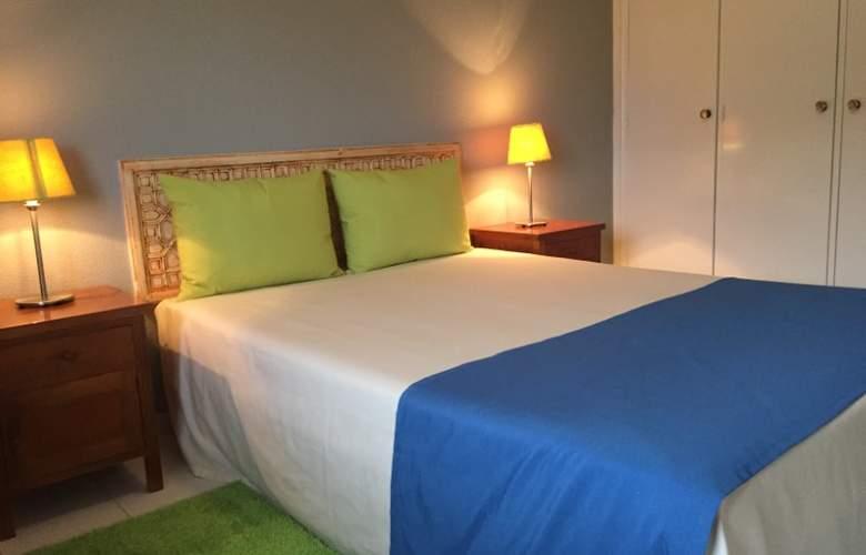 Club Amarilis - Room - 8
