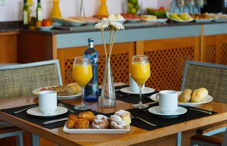 Port Sitges Resort - Restaurant - 24