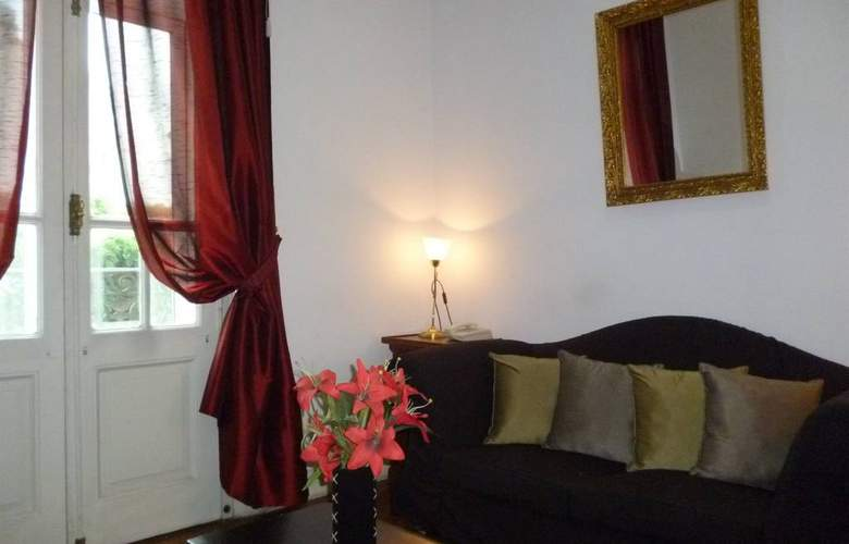 Benevento - Room - 10