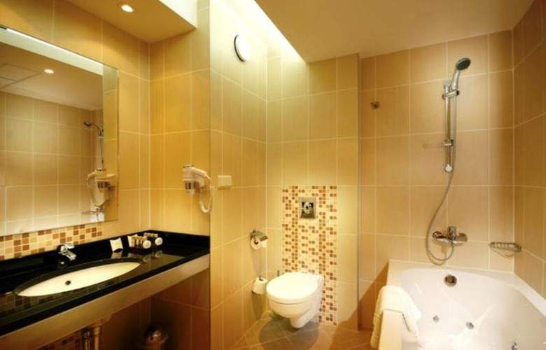 Qubus Hotel Kielce - Room - 10