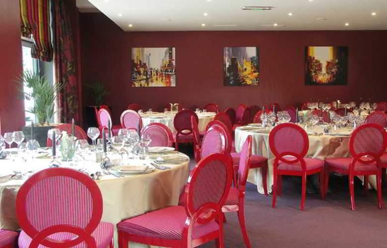 Qualys Hotel la Maison Rouge - Restaurant - 7