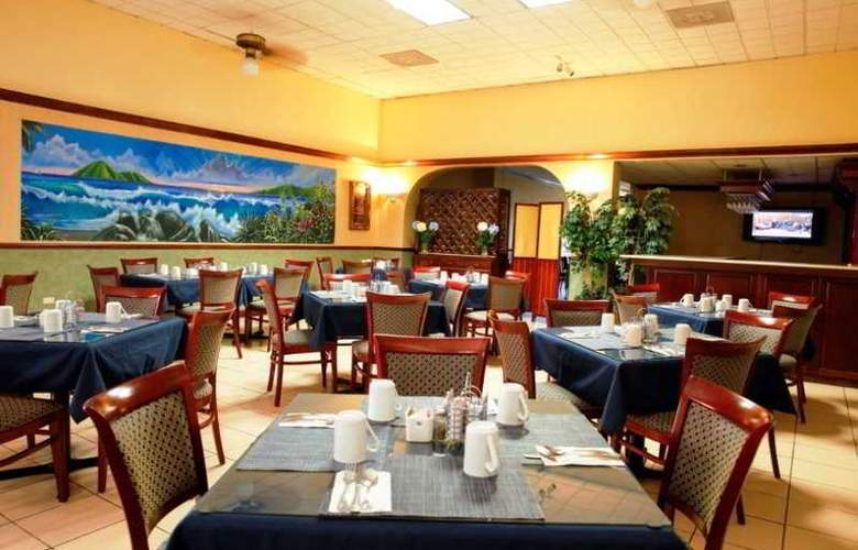 Windward Passage - Restaurant - 11