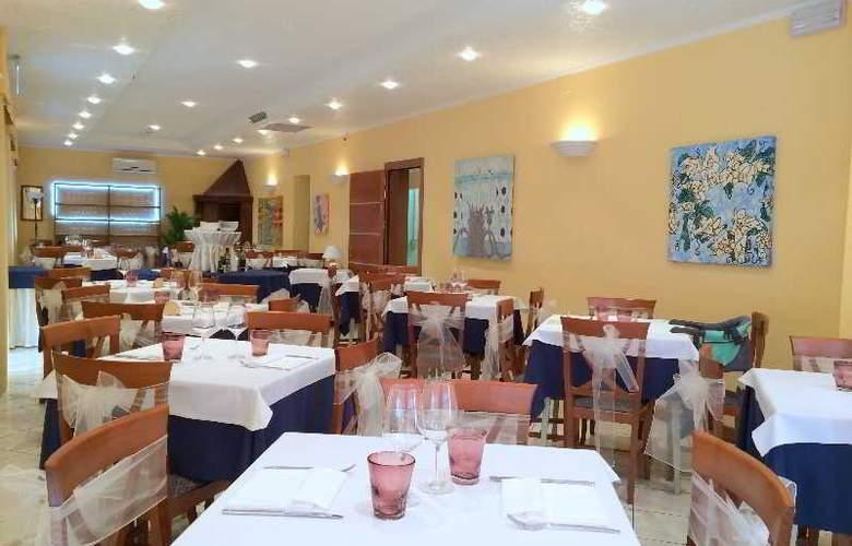 Rex - Restaurant - 3