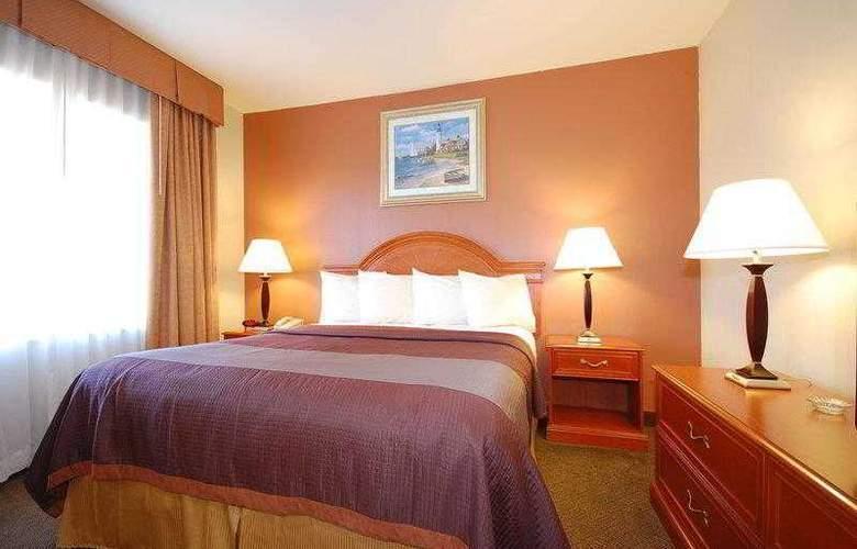Best Western Airport Plaza Inn - Hotel - 10