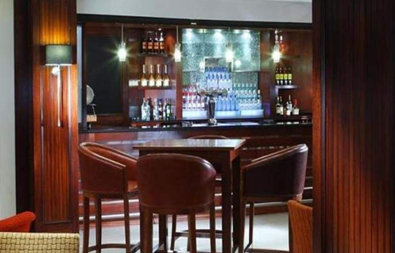 Swindon Marriott - Bar - 10