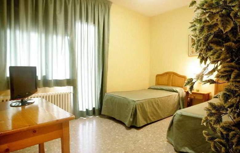 Hostal del Senglar - Room - 4