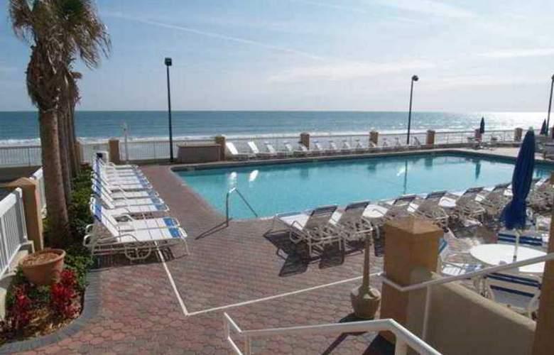 Hampton Inn Daytona Shores-Oceanfront - Hotel - 2
