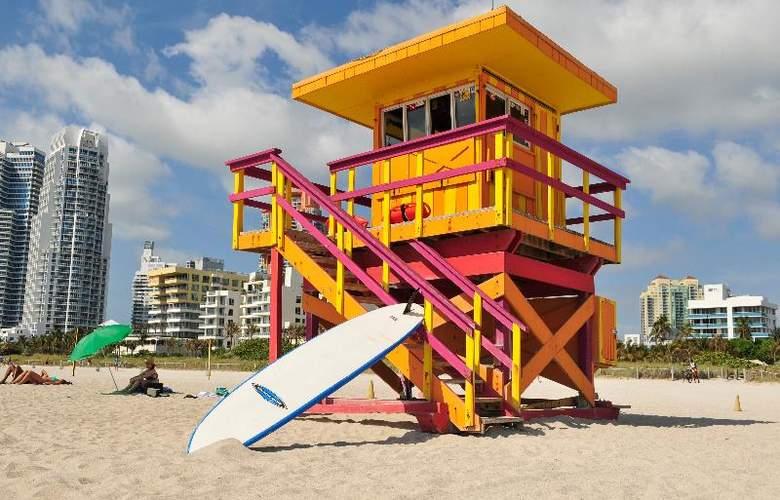Ocean Reef Suites - Beach - 10