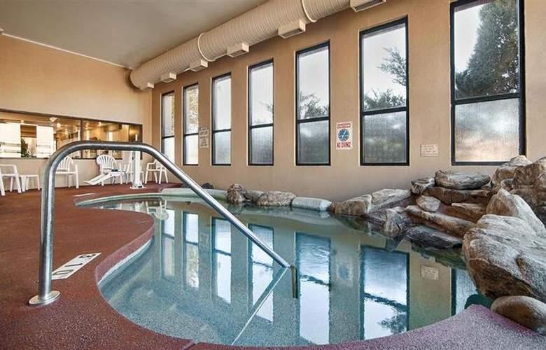 Best Western Turquoise Inn & Suites - Pool - 62