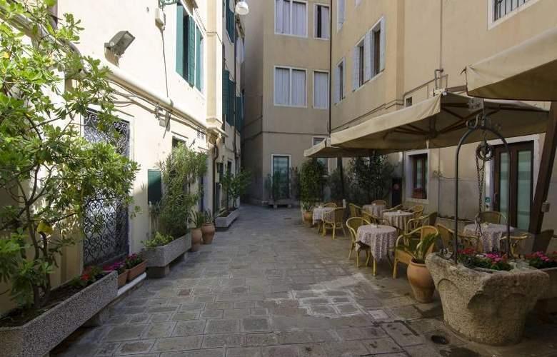 Do Pozzi Hotel - Bar - 19