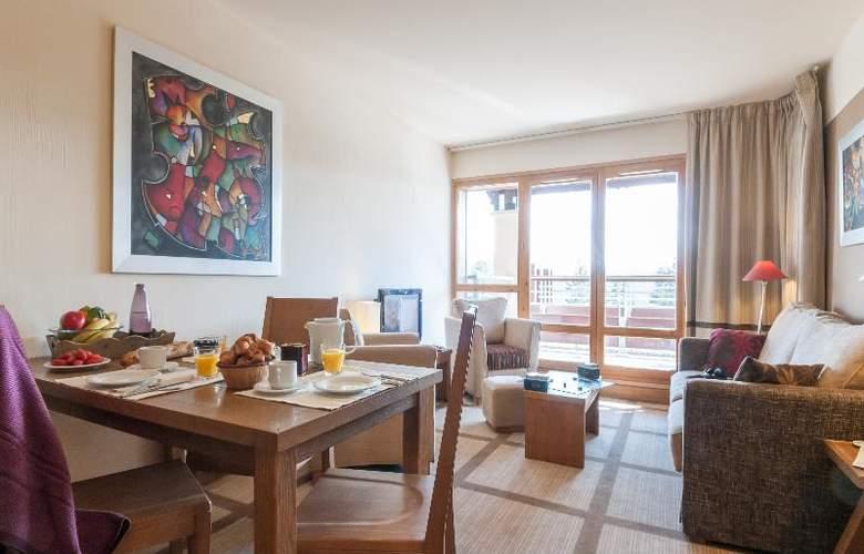 Pierre & Vacances Premium Les Terrasses d'Eos - Room - 17