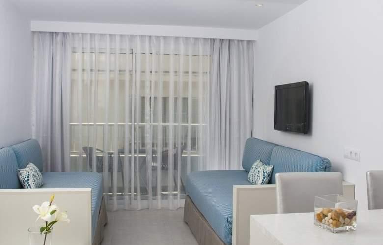 Hoposa Daina Apartamentos - Room - 10