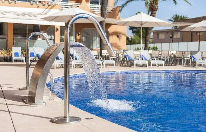 Vista Park - Pool - 9