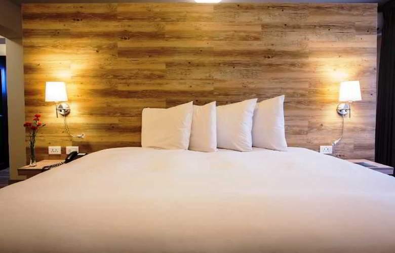 Ananay San Isidro - Room - 20