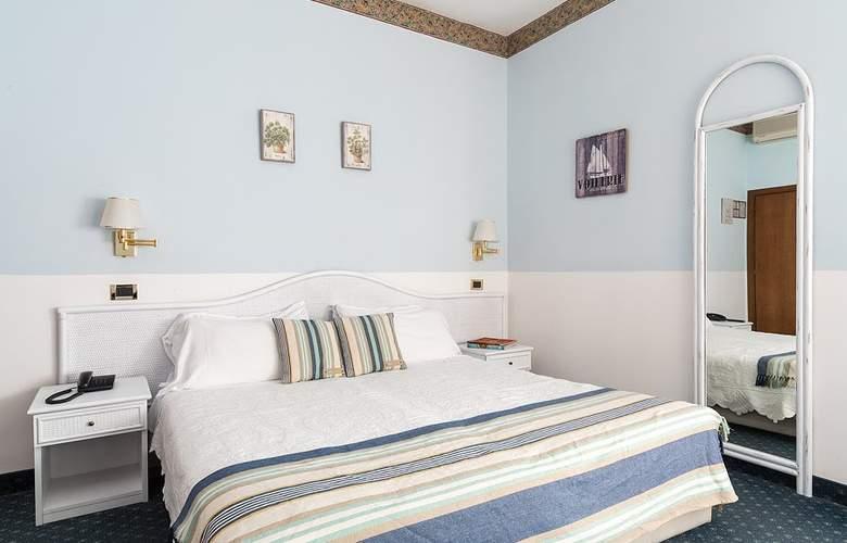 Villa Tiziana - Room - 1
