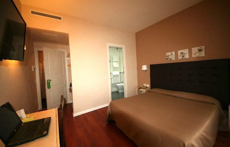 Saturnia - Room - 2