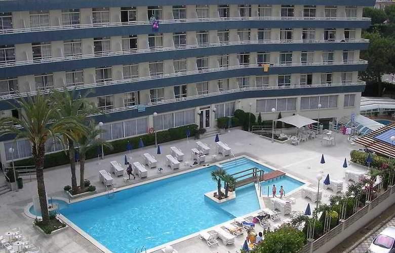 Hotel GHT Aquarium - Hotel - 0