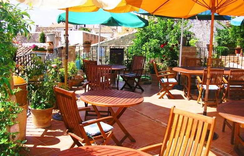 Palacio Guzmanes Hospederia Rural - Terrace - 40