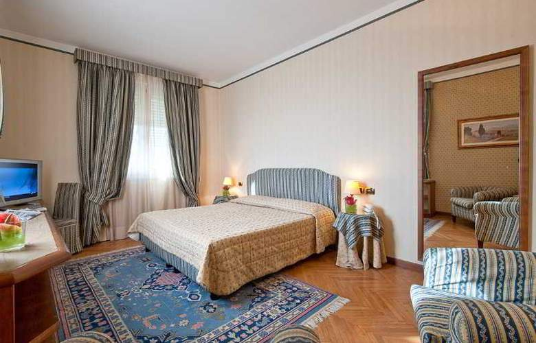 Grand Hotel Nizza e Suisse - Room - 4