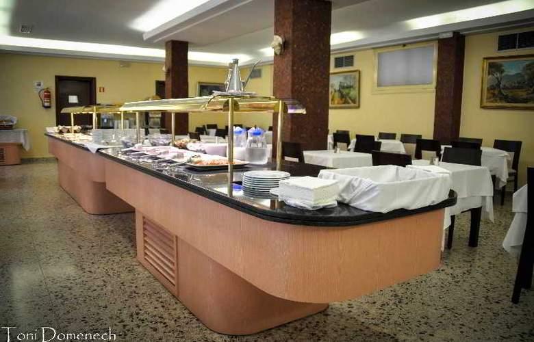 Iris - Restaurant - 13