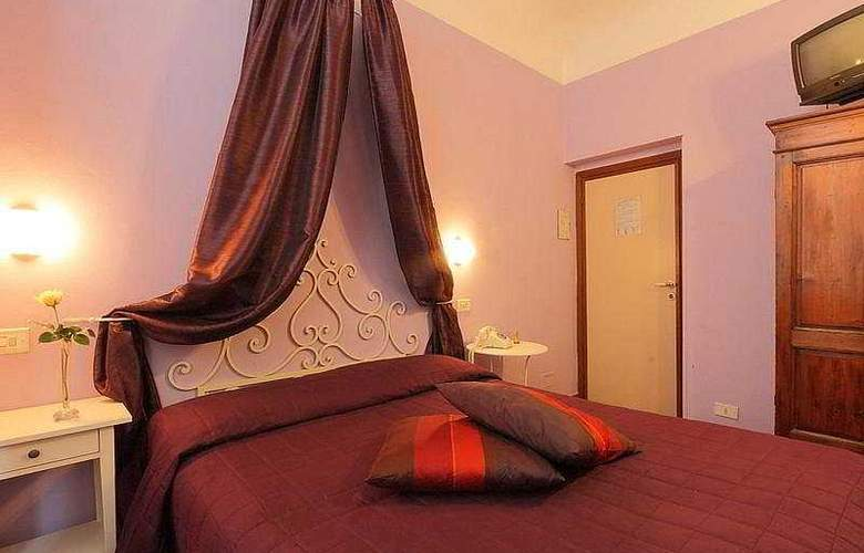 Genesio - Room - 9