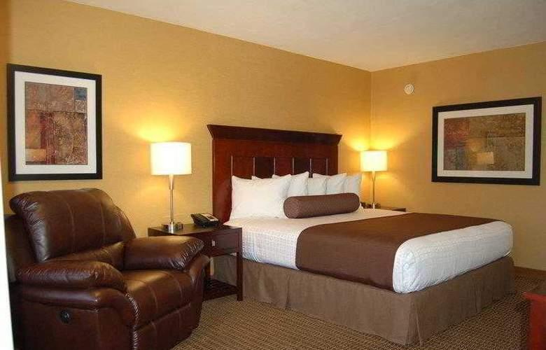 Best Western Plus Carriage Inn Sherman Oaks - Hotel - 16