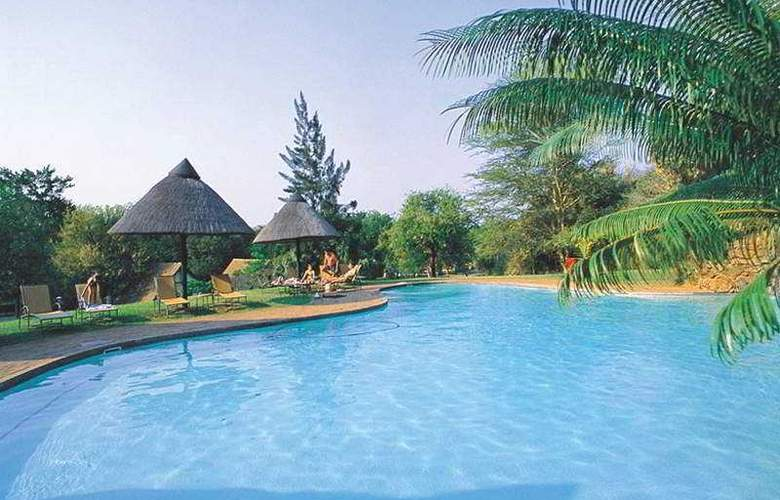 Pestana Kruger Lodge - Pool - 2