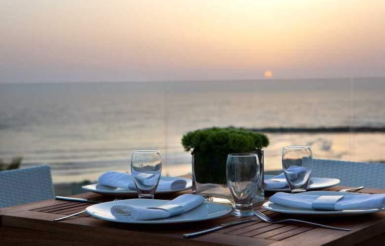 Renaissance Hotel Tel Aviv - Terrace - 9
