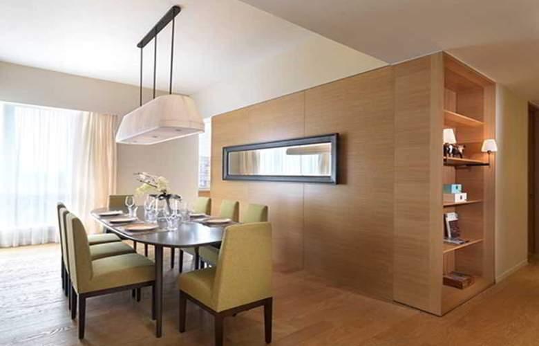 Lanson Place Bukit Ceylon Serviced Residences - Room - 11