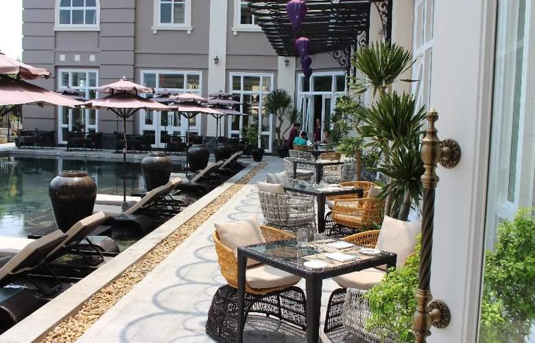 Royal Hoi An - MGallery by Sofitel - Terrace - 49