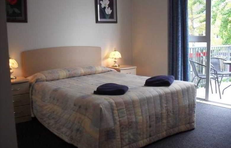Victoria Hotel Suites - Room - 4