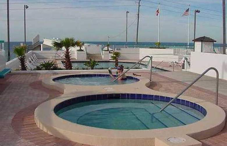 Resortquest Rentals at Surfside Resort - Pool - 6