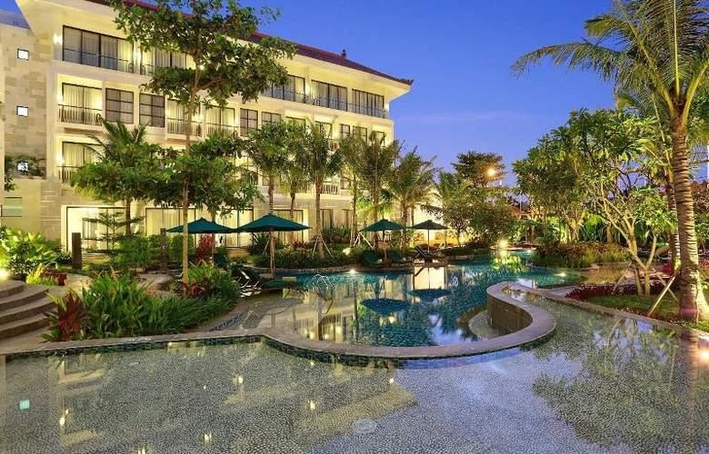 Bali Nusa Dua Hotel & Convention - Pool - 3