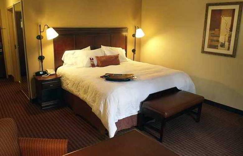 Hampton Inn & Suites Opelika I-85 Auburn Area - Hotel - 1