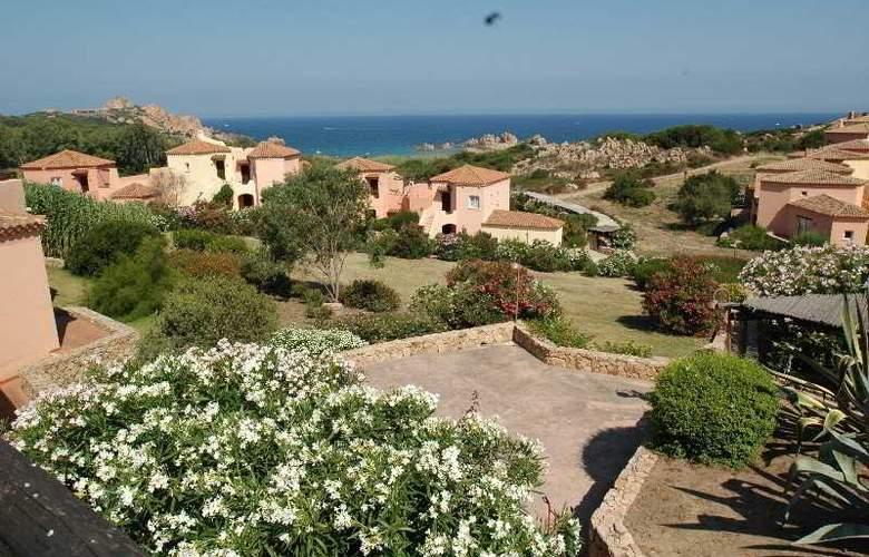 Residence Pierre et Vacances Calarossa - Hotel - 3