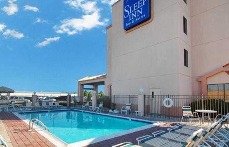 Sleep Inn & Suites Rehoboth Beach Area, - Lewes - Pool - 3