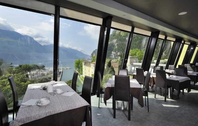 Grand Hotel Riva - Restaurant - 10