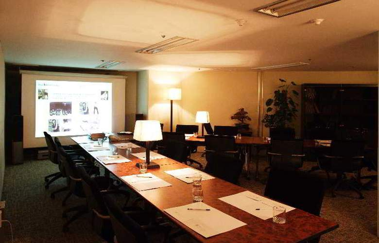 Han Suites Residence - Conference - 1