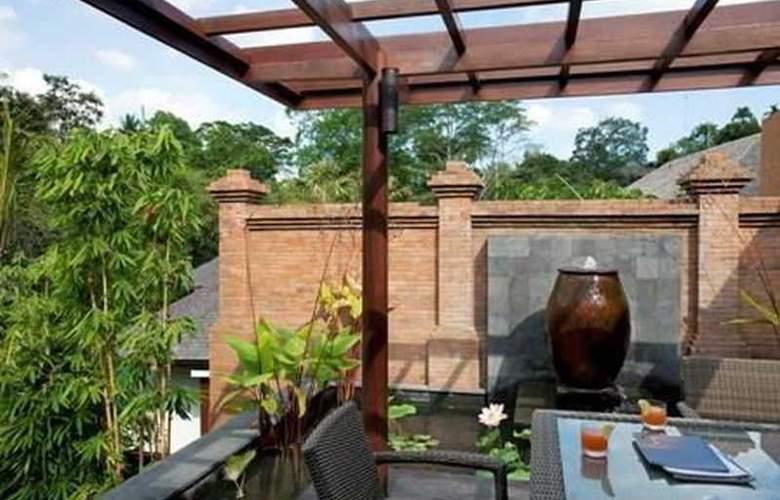 Villa Iskandar - Room - 16