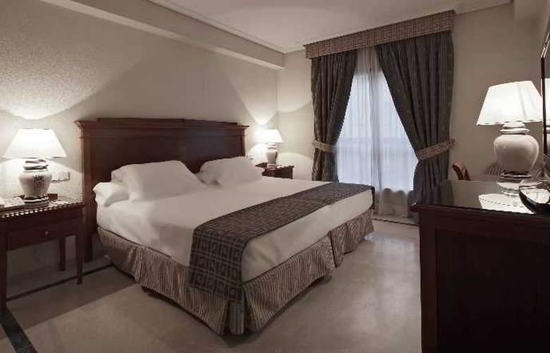Fernando III - Room - 26