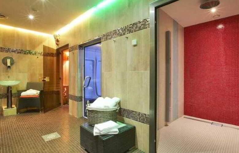 Kyriad Design Enzo Thionville - Room - 5