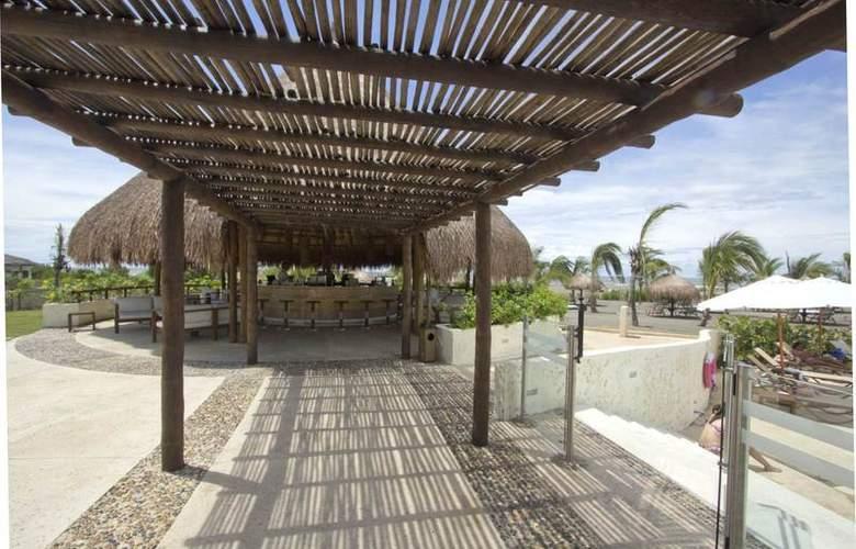 Occidental Cartagena - Terrace - 8