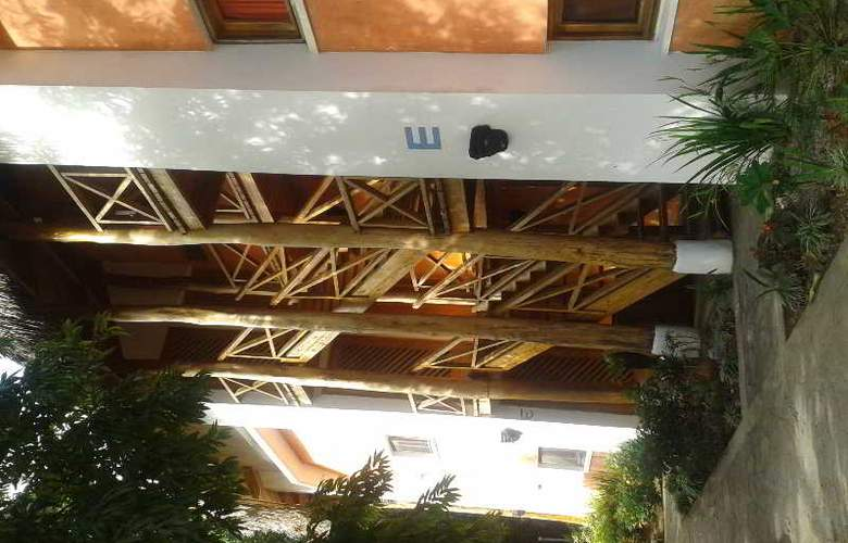 Residencial del Paseo - Hotel - 12
