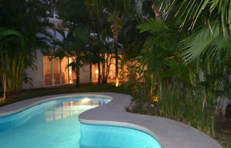 Playa Grande Park Hotel - Pool - 12