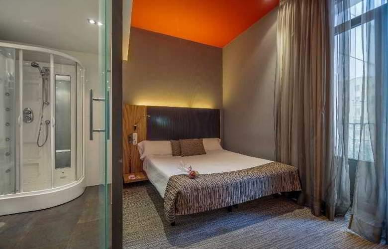 Hotel Petit Palace Plaza del Carmen - Room - 14