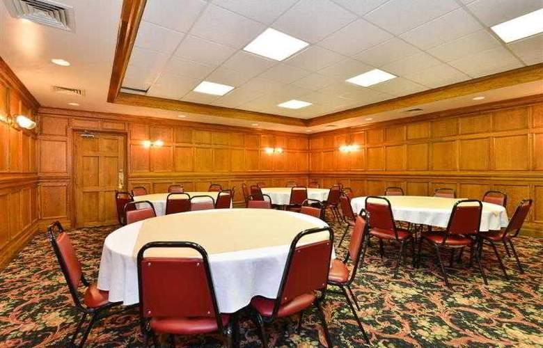 Best Western Greenfield Inn - Hotel - 49