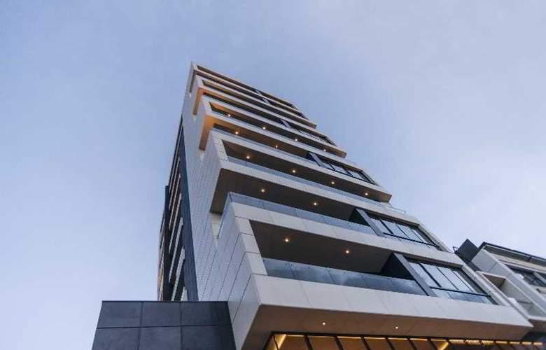 Apartamentos 80 10 Urban Living - Hotel - 1