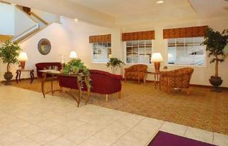 Sleep Inn & Suites - General - 3